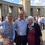 Ingrun und Roland Wehl mit Laura von Wimmersperg am 22. Juni 2016